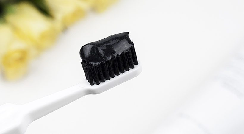 Black toothpaste that whitens your teeth? Watch it out!