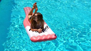 pool float inflatable