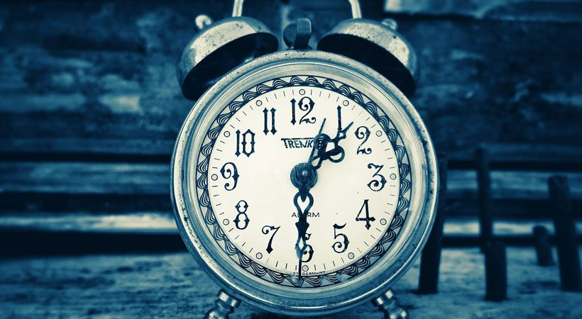 What does it mean if you wake up at the same time every night?